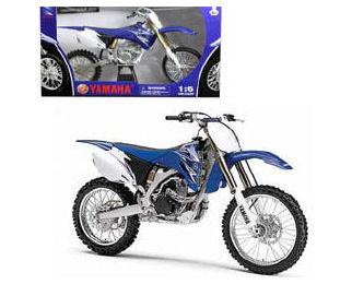 1:6  2009 Yamaha YZ 450F Dirt Bike
