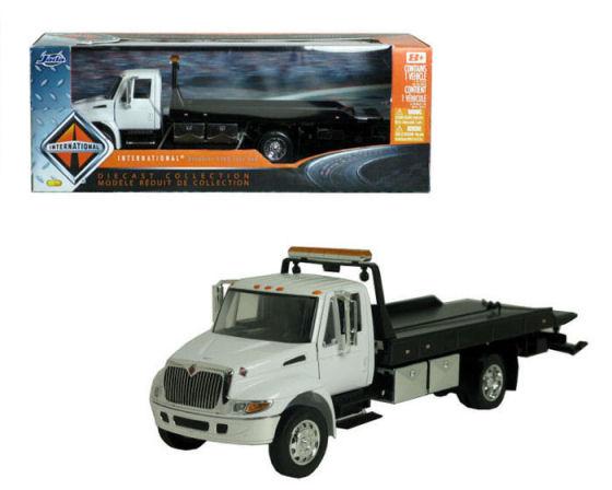 1:24 Wrecker International Truck