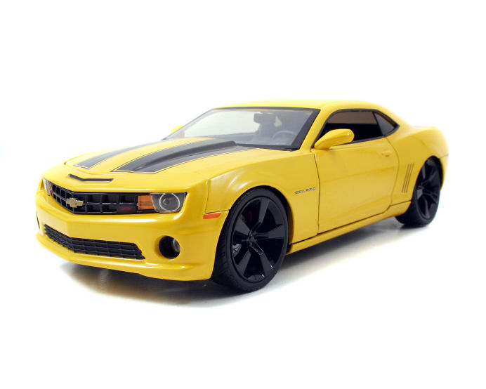 1:24 BTK 2010 Chevy Camaro SS (Similar to Bumble Bee) :: Movie Cars
