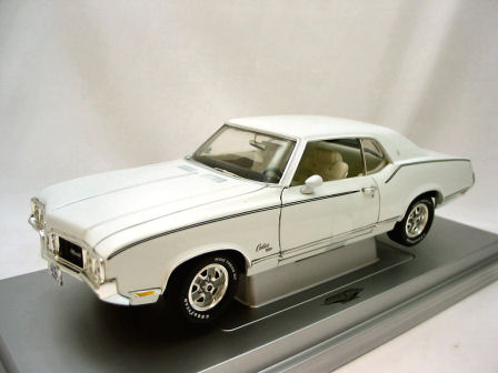 1:18 1770 Oldsmobile -Cutlass Ertl