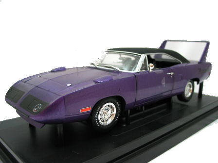 1:18  1971 Plymouth Superbird - Plum Ertl