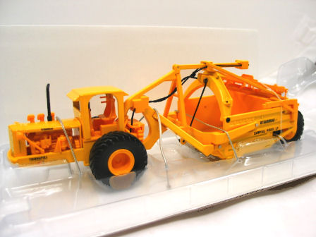 1:50 Super C Scraper with Cab Tractor