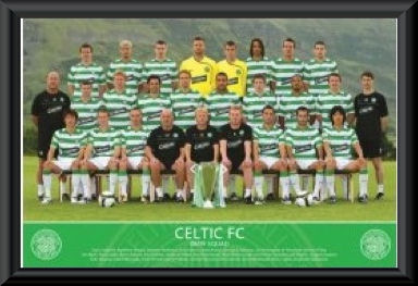 Celtic FC 2008/09 Team Poster Framed