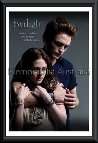 Ed And Bella Embrace Twilight Poster Framed