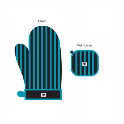 Penrith Panthers Oven Glove and Potholder Set
