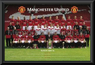 Manchester Utd 2009/10 Team Poster Framed